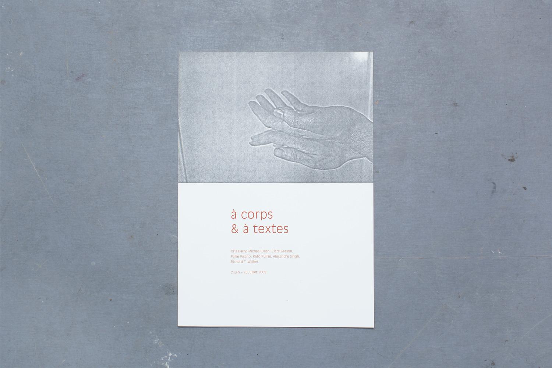 A corps et a textes